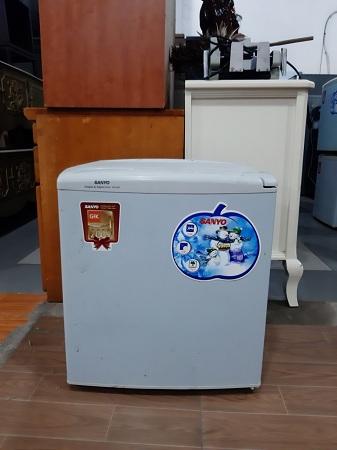Tủ lạnh mini 50 lít Sanyo SR-5KR cũ SP013748