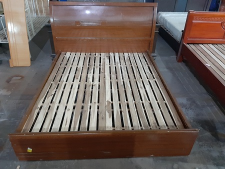 Giường gỗ MDF cũ SP013747.1