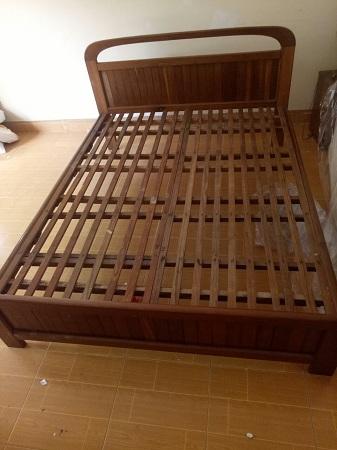Giường gỗ tự nhiên cũ SP013747.3