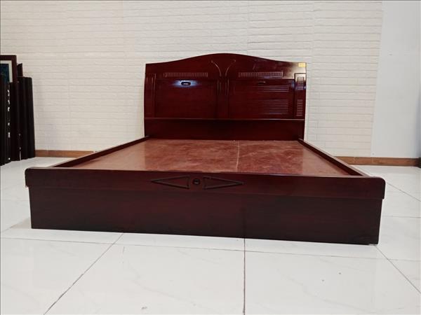 Giường gỗ cũ SP009848