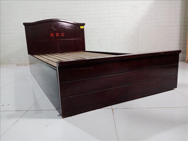 Giường gỗ cũ SP010101.2