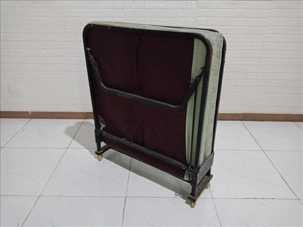 Giường nệm gấp cũ SP010036.4