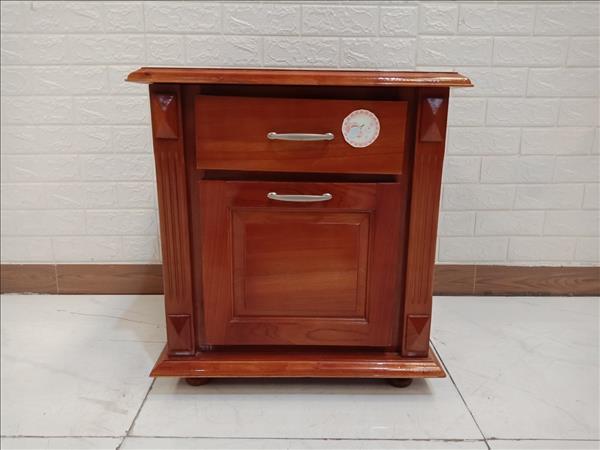Tủ đầu giường gỗ cao su cũ SP010000.1