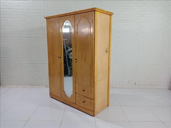 Tủ quần áo cũ SP009769