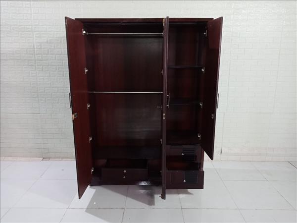 Tủ quần áo cũ SP009851