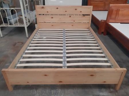 Giường gỗ tự nhiên cũ SP013953