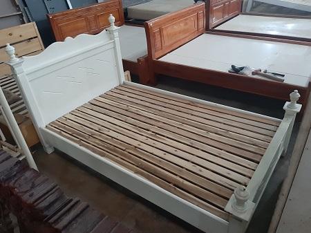 Giường gỗ tự nhiên cũ SP014113.2