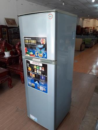 Tủ lạnh Hitachi 220 lít R-Z22AG7 cũ SP014034